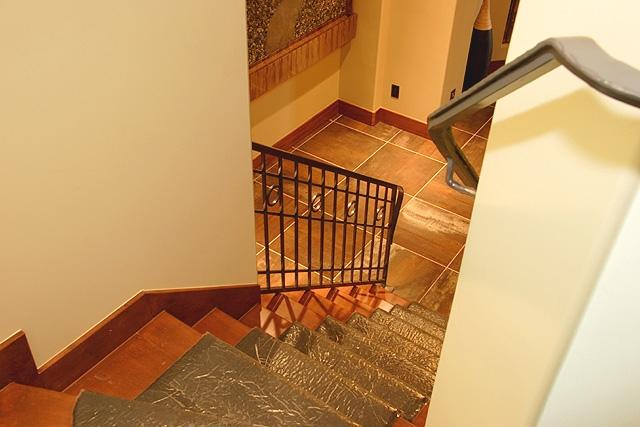 ll4113_foyer