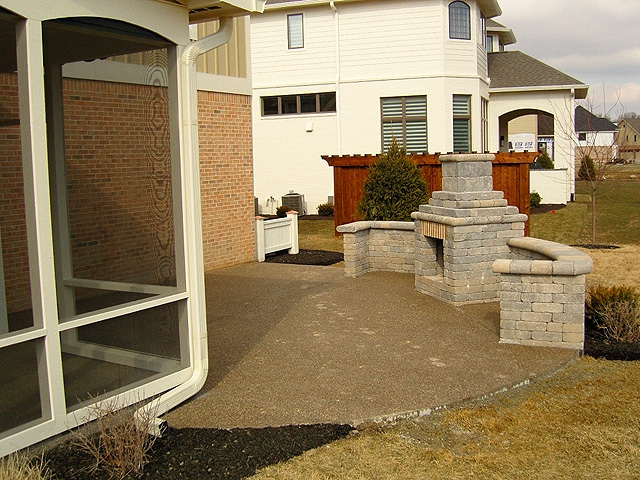 ss45_patio_with_fireplace_lg