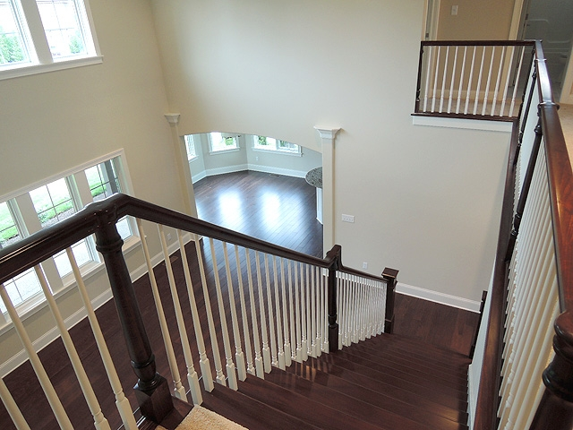 vwc-345-loft-to-stairs_lg